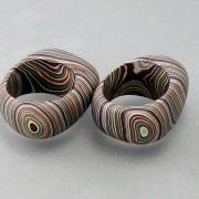 Καταπληκτικές πέτρες από στρώματα μπογιάς αυτοκινήτου.