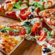 Τα βασικά συστατικά για την τέλεια πίτσα!!!