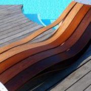 Μοναδικές στιγμές χαλάρωσης στη βεράντα ή το κήπο σας με ξύλινες ξαπλώστρες παραλίας