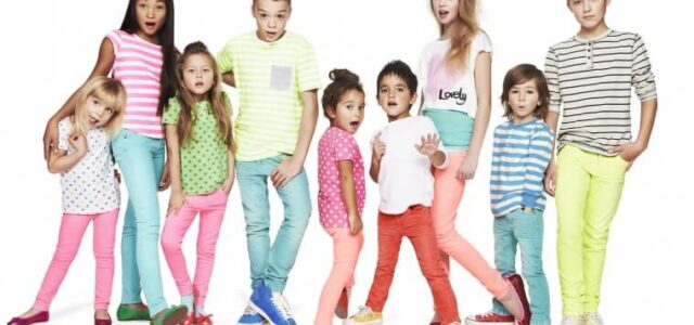 Τι να προσέξετε πριν την αγορά παιδικών ρούχων