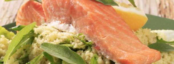 Σαλάτα με σολομό – έτοιμη σε 25'