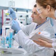 Προπτυχιακές ή Μεταπτυχιακές σπουδές στη φαρμακευτική σε πανεπιστήμια της Αγγλίας
