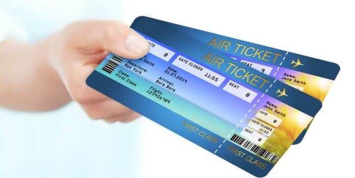 Πως να αποκτήσετε φθηνά αεροπορικά εισητήρια την υψηλή περίοδο